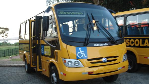 Transporte - Transporte escolar - Ônibus escolar
