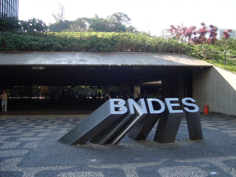 Economia - geral - BNDES Banco Nacional de Desenvolvimento Econômico e Social