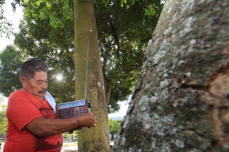 Comunicação - rádio e TV - emissoras rádio Amazônia ouvintes ondas curtas