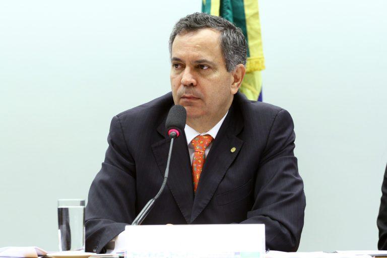"""Reunião Ordinária - Tema: """"Orçamento do CNPq e investimentos em C&T para os próximos anos"""". Dep. Félix Mendonça Júnior (PDT - BA)"""