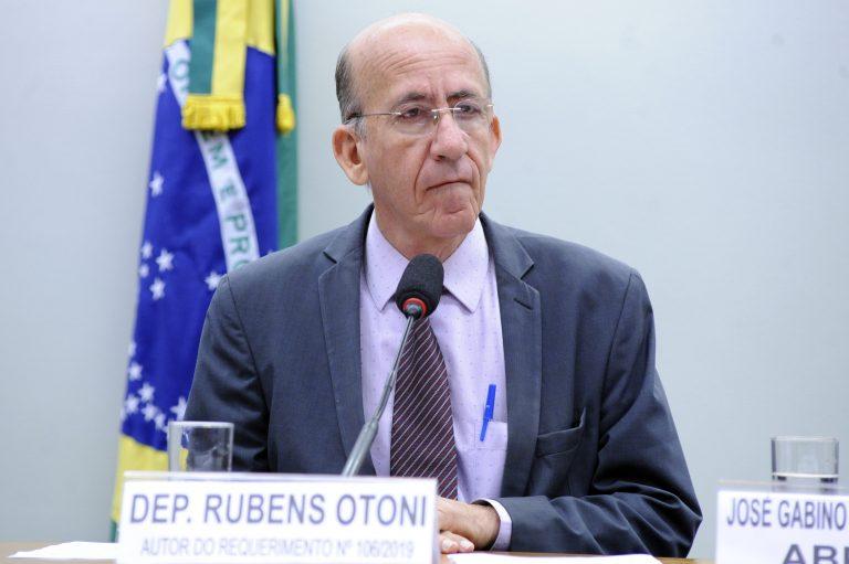 """Audiência Pública - Tema: """"Energia renovável descentralizada para acabar com a exclusão elétrica."""" Dep. Rubens Otoni (PT-GO)"""