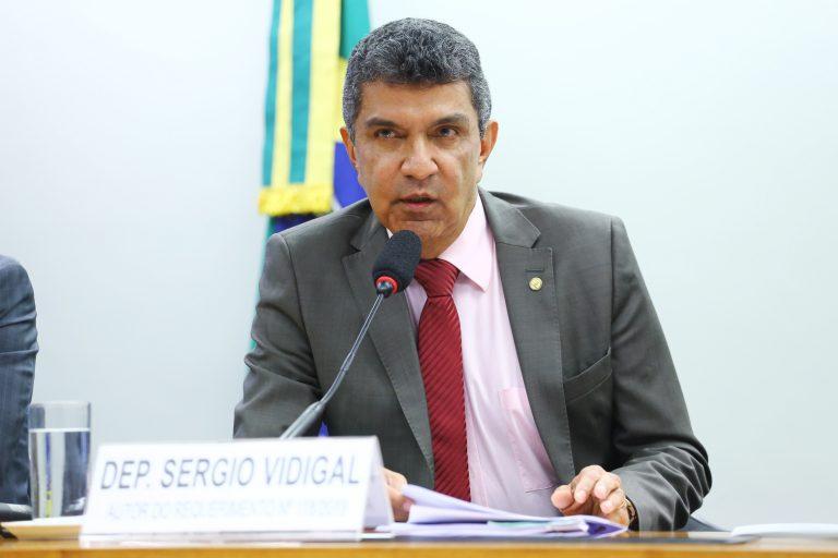 """Audiência Pública - Tema: """"Políticas Públicas para incentivar a adoção de energias renováveis."""". Dep. Sergio Vidigal (PDT - ES)"""