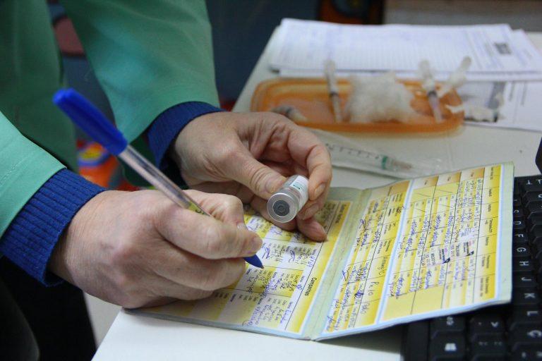 Saúde - campanhas - vacinas vacinação imunização cartão