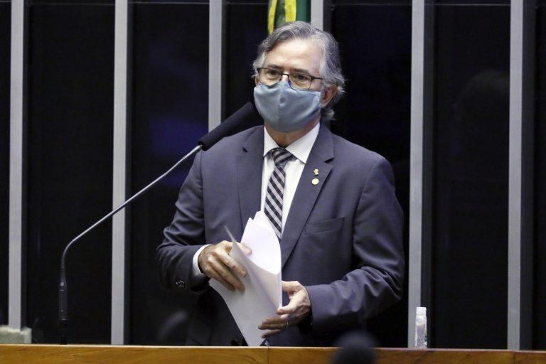 Ordem do dia para votação de proposta. Dep. Joaquim Passarinho (PSD - PA)