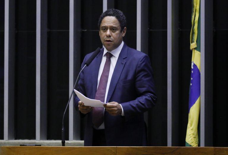 Ordem do dia para votação de propostas. Dep. Orlando Silva (PCdoB - SP)