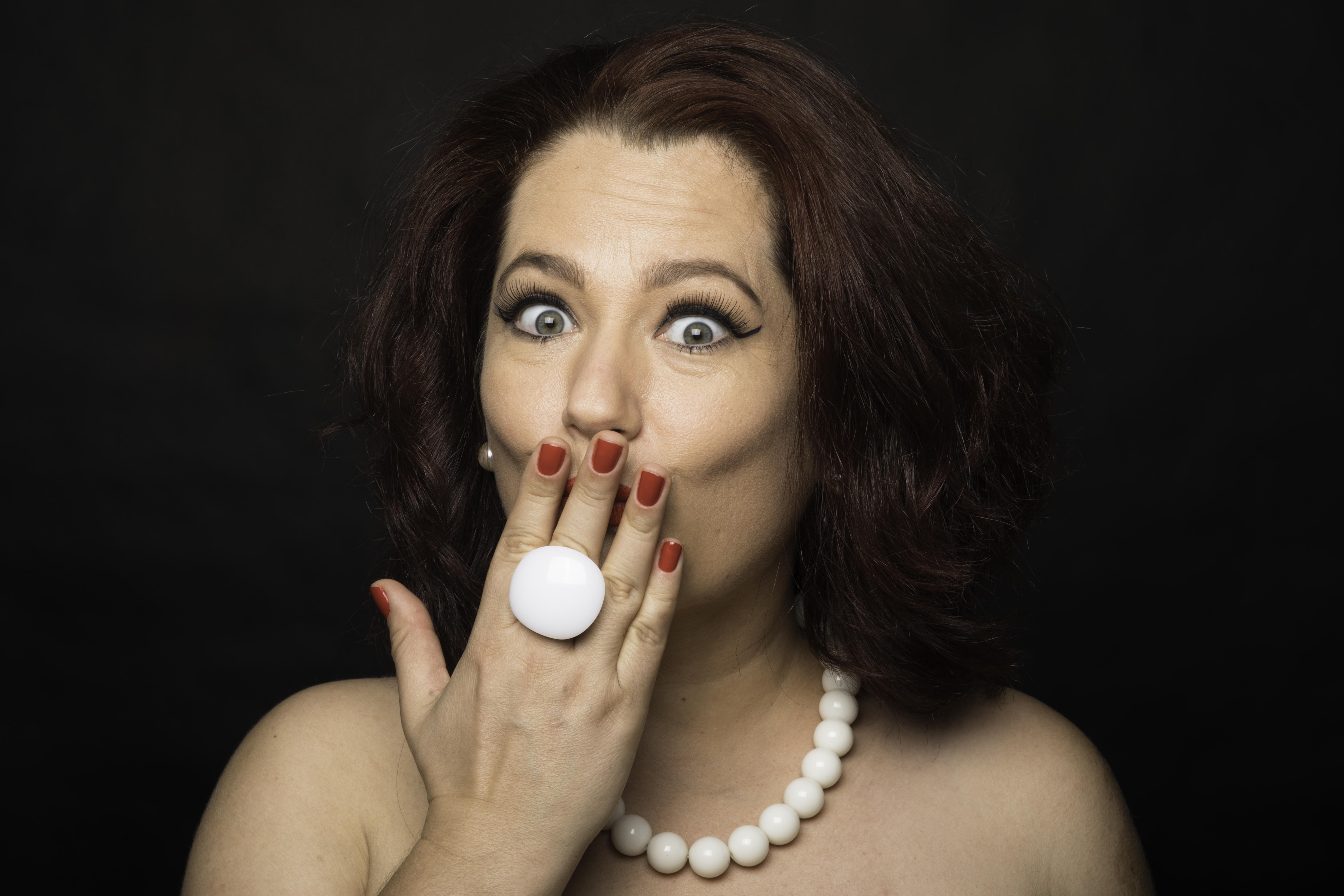 """Mirian Marques estreia com o belo álbum """"Eu sou assim"""""""