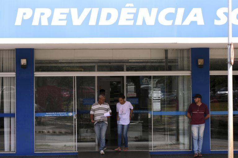 Trabalho - previdência - reforma INSS aposentadorias aposentados contas públicas