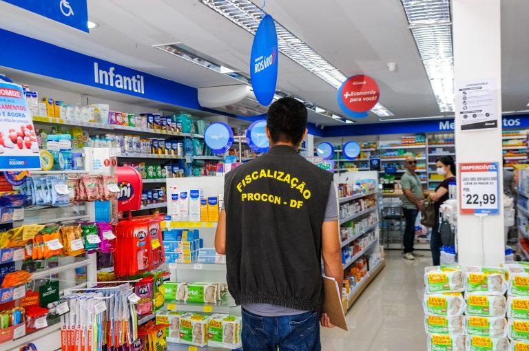 Economia - consumidor - Procon fiscalização farmácias coronavírus álcool gel máscaras preços abusivos