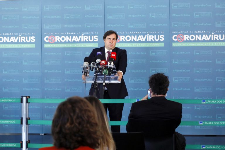 Presidente da Câmara dos Deputados, dep. Rodrigo Maia, concede entrevista coletiva sobre a atividade legislativa durante a crise causada pelo coronavírus