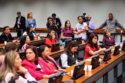 Política - geral - Mulheres na política