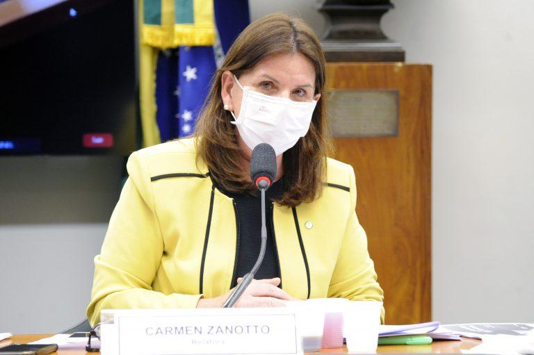 Retomada das Atividades Escolares. Dep. Carmen Zanotto (CIDADANIA - SC)