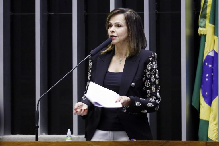Ordem do dia. Dep. Professora Dorinha Seabra Rezende (DEM - TO)