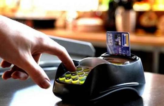 Economia -Geral - Cartão de crédito - Máquina de cartão - Pagamento com cartão