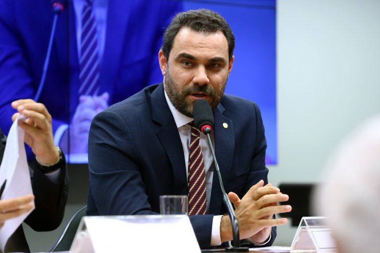 Instalação da Comissão e Eleição do Presidente e dos Vice-Presidentes. Dep. Adolfo Viana (PSDB-BA)