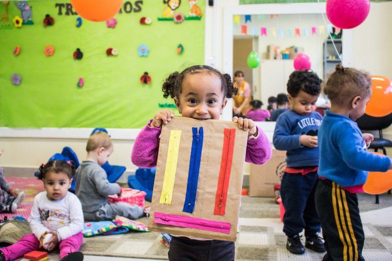 Educação - sala de aula - escolas creches pré-escola alunos crianças (Escola Municipal de Ensino Infantil Zola Amaro, Pelotas-RS)