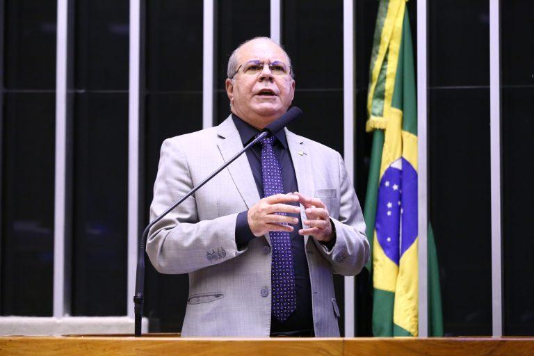 Breves comunicações. Dep. Hildo Rocha (MDB - MA)