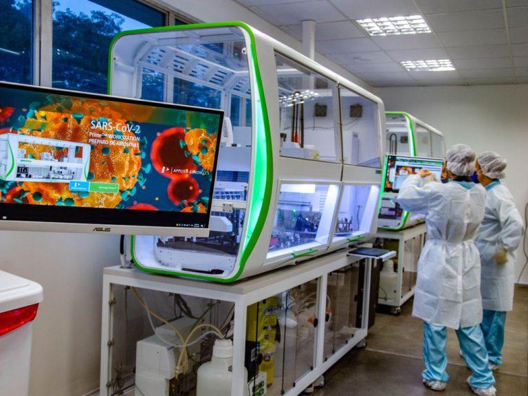 Saúde - coronavírus - ciência laboratórios testes vacina Covid-19 pandemia pesquisas pesquisadores cientistas tecnologia (unidade de apoio ao diagnóstico da Fiocruz, Rio de Janeiro-RJ)