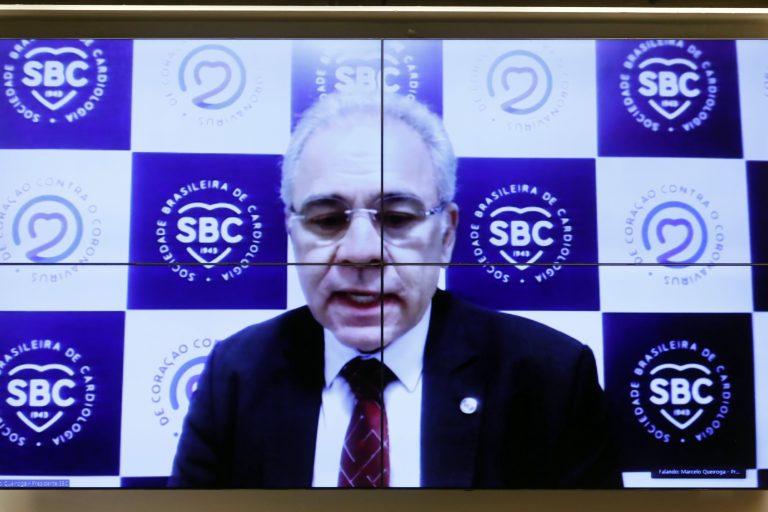 77ª Reunião Técnica por videoconferência - A situação dos pacientes cardiopatas na pandemia da Covid-19. Presidente da Sociedade Brasileira de Cardiologia, Marcelo Cartaxo Queiroga Lopes