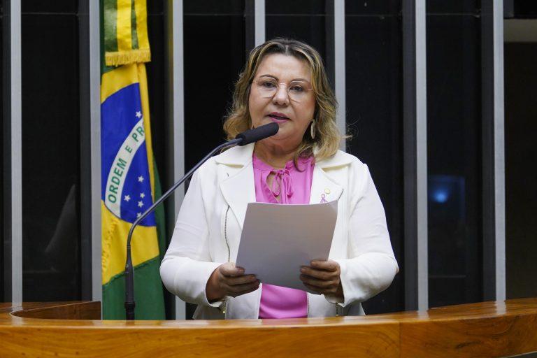 Ordem do dia para discussão e votação de diversos projetos. Dep. Tereza Nelma (PSDB - AL)