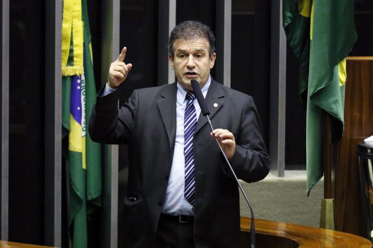 Sessão Congresso Nacional destinada à deliberação dos Projetos de Lei do Congresso Nacional nºs 22 (PLOA) e 33 de 2019. Dep. Pompeo de Mattos (PDT - RS)