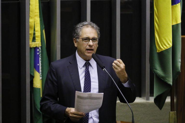 Destinada à deliberação dos vetos. Dep. Carlos Zarattini (PT - SP)