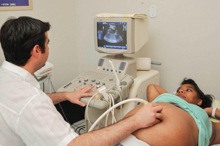 Saúde - geral - exames ultrassonografia ecografia gravidez grávidas gestantes gestação pré-natal maternidade médicos atendimento hospitalar