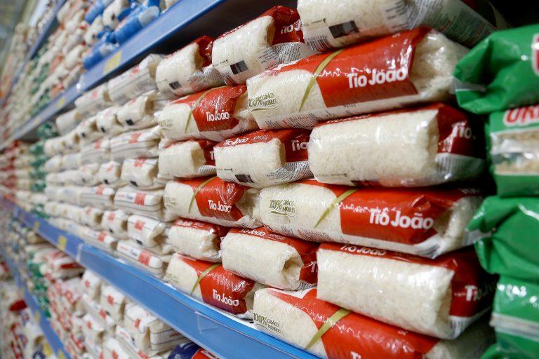 Alimentos - arroz cereais supermercados nutrição carboidratos
