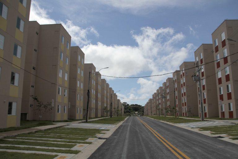 Habitação - geral - conjunto habitacional condomínios moradores residências