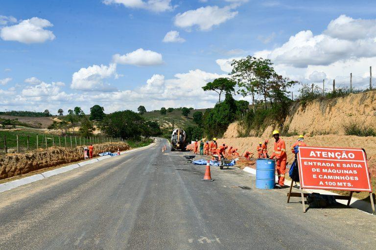 Governo - obras públicas - transporte rodoviário rodovias estradas orçamento federal asfaltamento