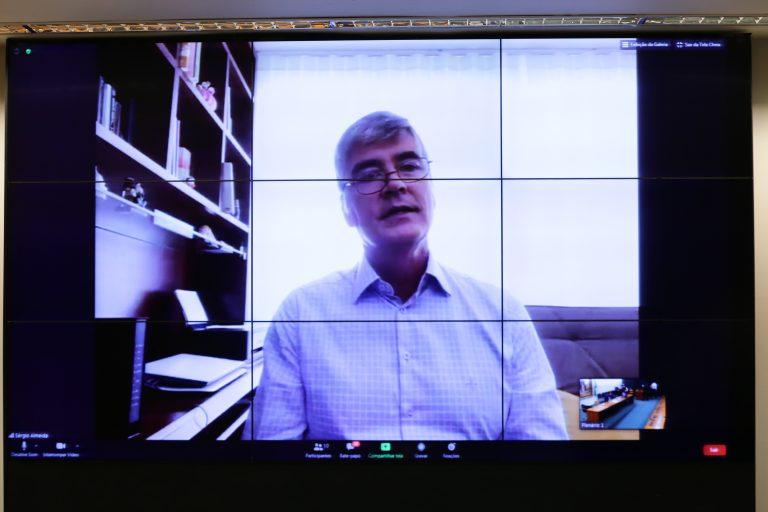 Cerimônia virtual de assinatura da parceria TV Câmara e ABL. Diretor Geral da Câmara dos Deputados, Sérgio Sampaio