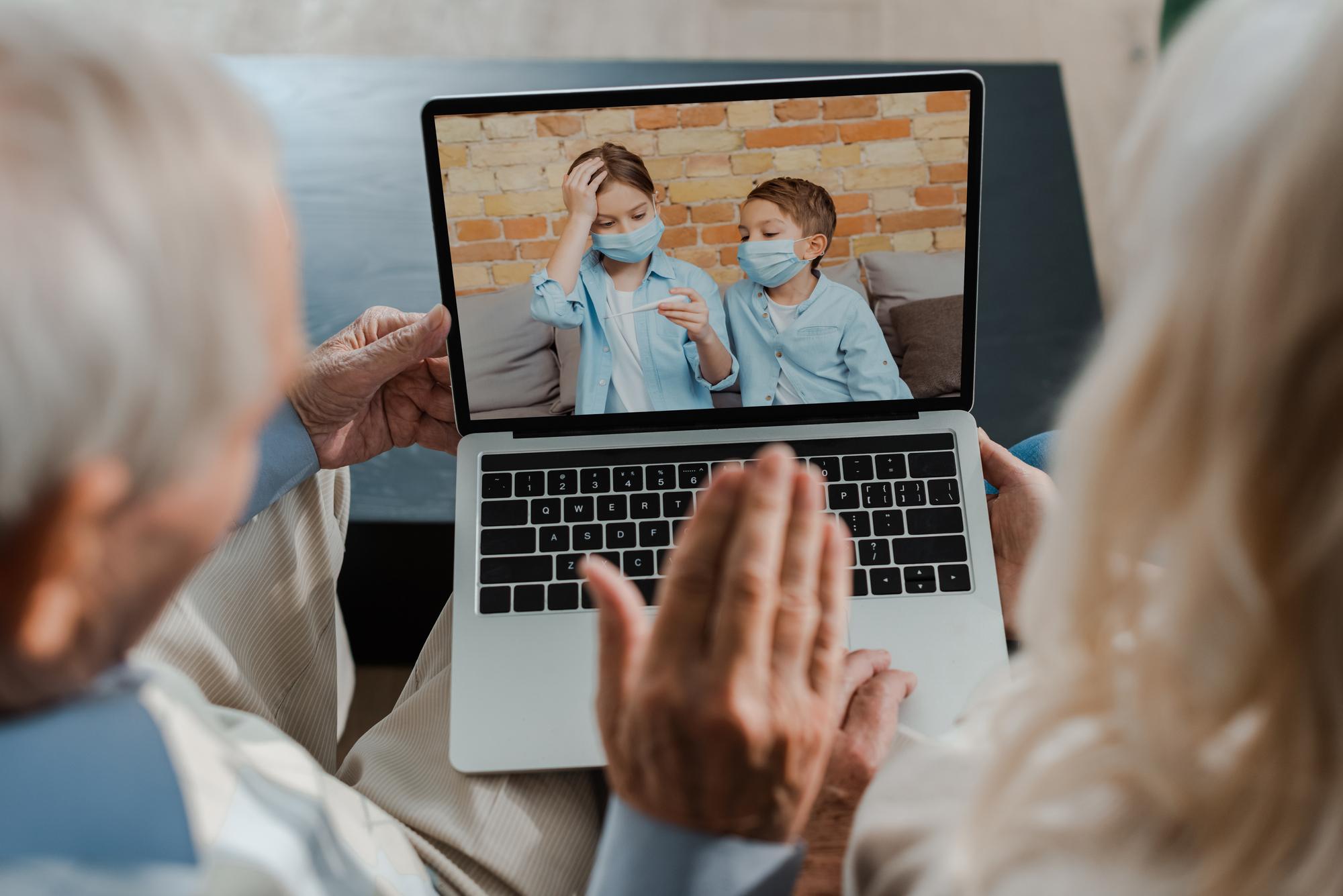 Contato entre avós e netos durante a pandemia