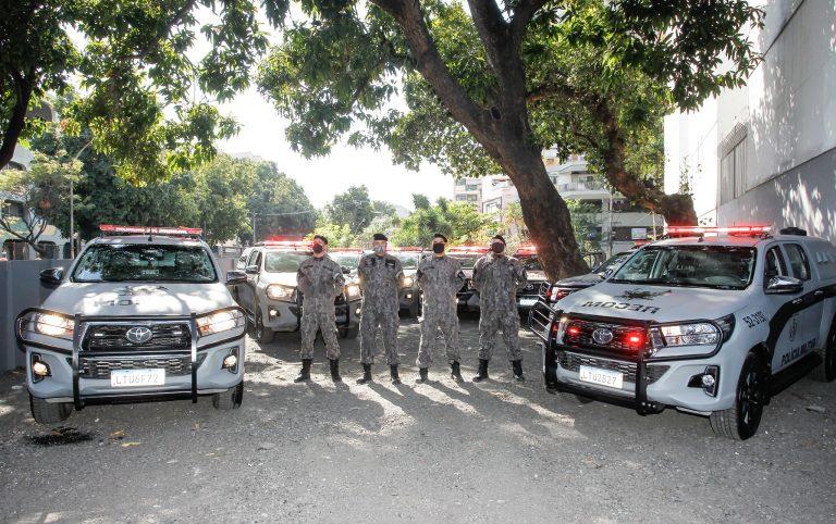 Segurança - policiais - coronavírus pandemia Covid-19 máscaras PMs polícia militar (batalhão de Rondas Especiais e Controle de Multidões (Recom) na Tijuca, Rio de Janeiro-RJ)