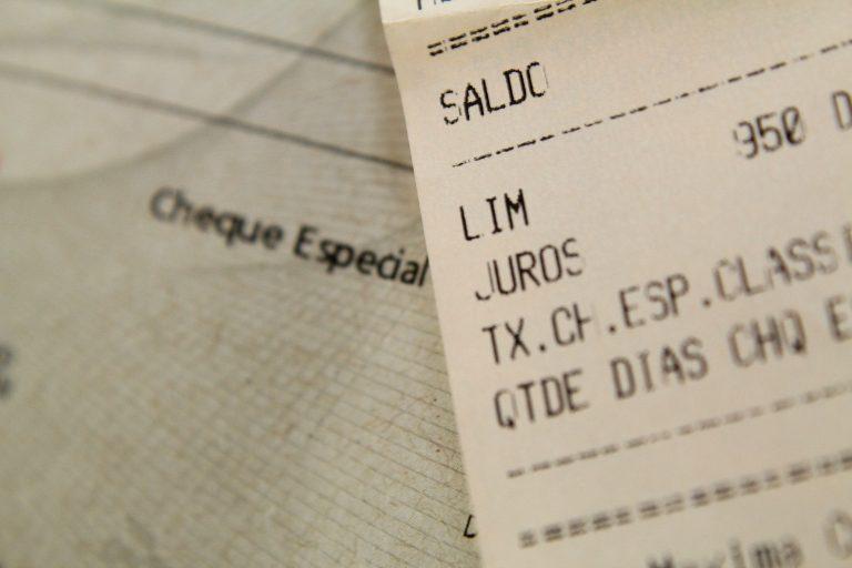 juros cheque especial serviços bancários tarifa bancária consumidor banco