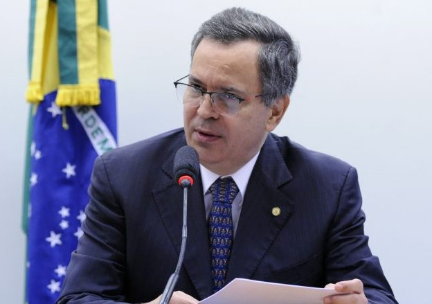 Possível fusão do CNPQ com a Capes é discutida em reunião na Câmara dos Deputados. Dep. Félix Mendonça Júnior (PDT - BA)