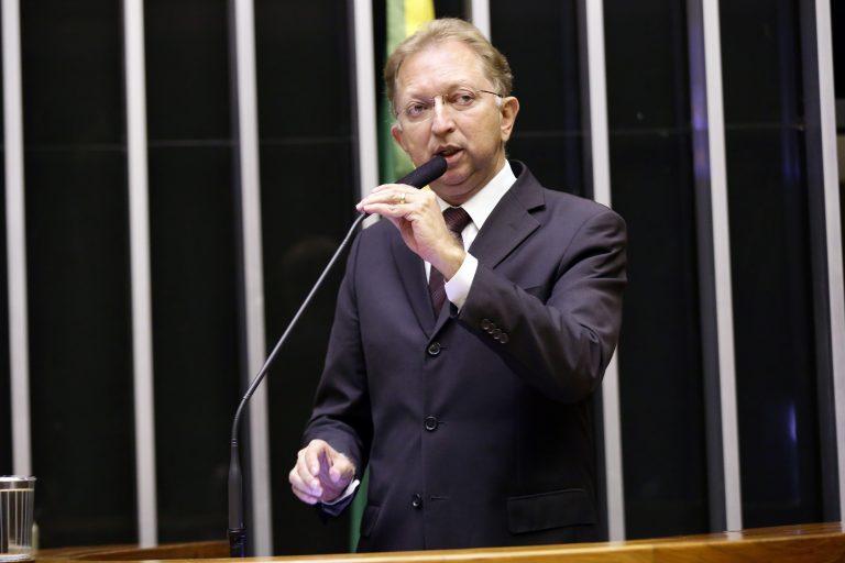 Deputado João Campos discursa no Plenário da Câmara