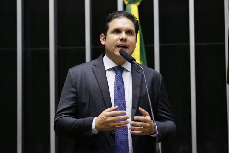 Deputado Hugo Motta discursa no Plenário da Câmara