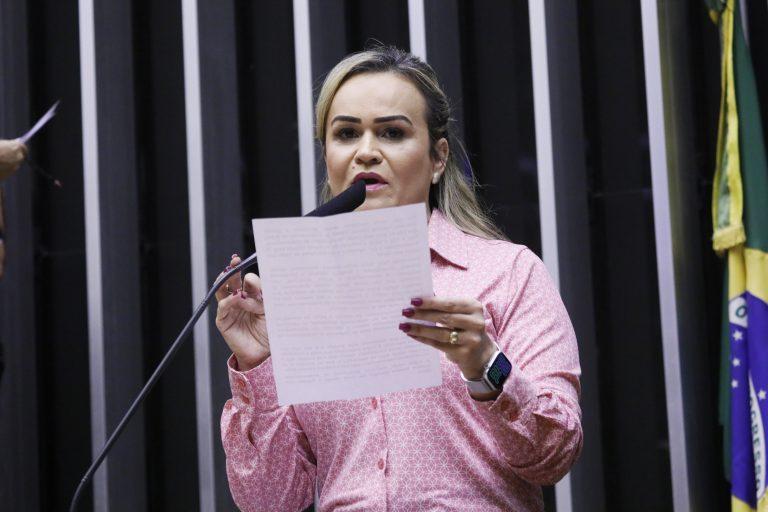 Ordem do dia para discussão e votação de diversos projetos. Dep. Daniela do Waguinho (MDB - RJ)