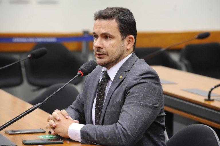 A Situação da Covid-19 no Sistema Penitenciário Brasileiro. Dep. Capitão Alberto Neto(REPUBLICANOS - AM)