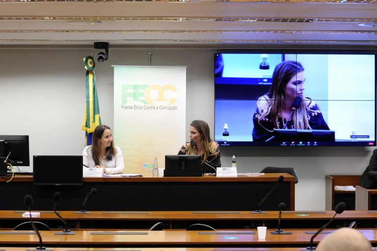 PEC 333 - Fim do foro privilegiado. Dep. Adriana Ventura (NOVO - SP) e dep. Paula Belmonte (CIDADANIA - DF)