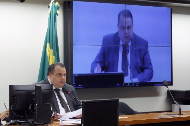 Debate virtual em comemoração ao Dia Mundial do Coração. Dep. Julio Cesar Ribeiro (REPUBLICANOS - DF)