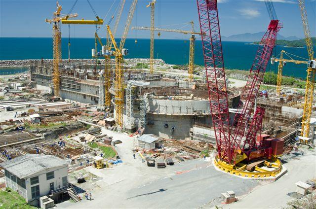 Vista aérea da construção da usina nuclear Angra 3
