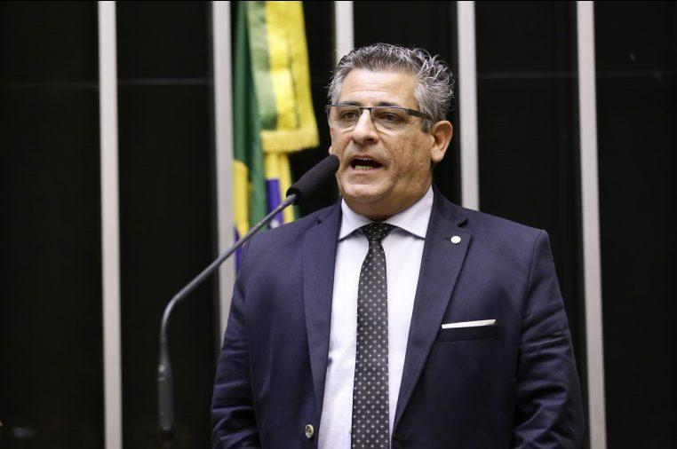 O deputado Nereu Crispim