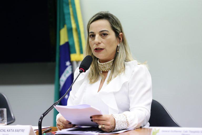 Audiência Pública para Debater o financiamento do SUSP - Sistema Único de Segurança Pública. Dep. Policial Katia Sastre (PR-SP)