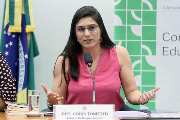 """Audiência Pública - Tema: """"A Educação e as Atividades do Terceiro Setor"""". Dep. Chris Tonietto (PSL - RJ)"""
