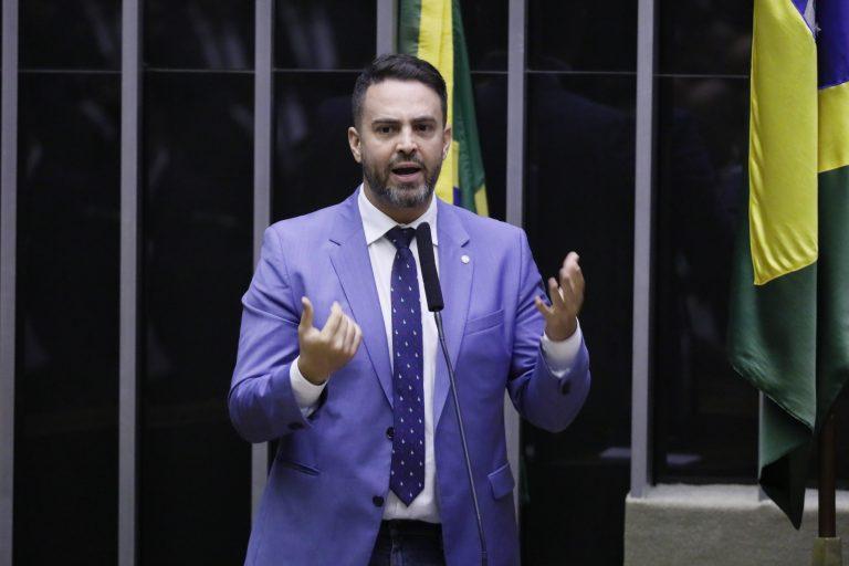Ordem do dia para discussão e votação de diversos projetos. Dep. Léo Moraes (PODE - RO)