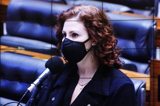 Dep. Carla Zambelli (PSL - SP) no Plenário, com máscara