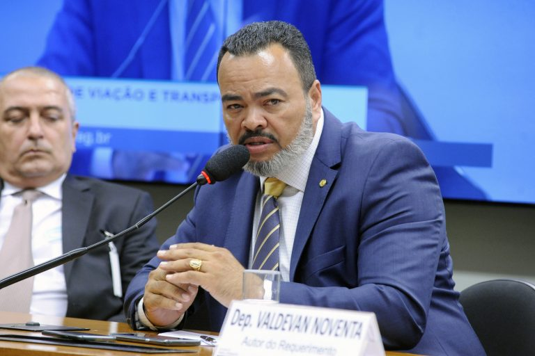 Audiência pública para debater as obras de infraestrutura previstas para o Estado de Sergipe. Dep. Valdevan Noventa (PSC-SE)