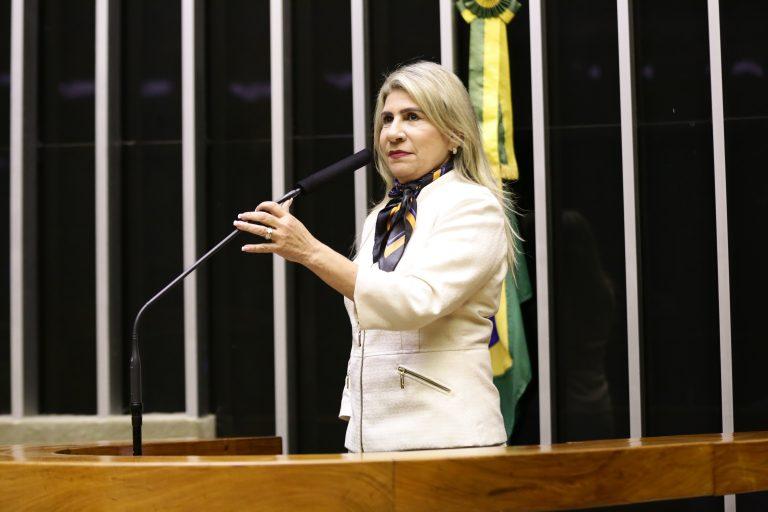 Deputada Edna Henrique