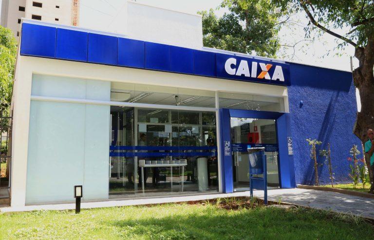 Economia - geral - bancos públicos sistema financeiro agências bancárias FGTS Caixa Econômica Federal CEF (Uberaba-MG)
