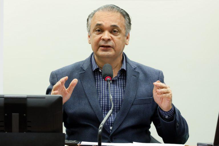 Debate virtual - Transparência dos Gastos Públicos no Período da Pandemia. Dep. Roberto de Lucena(PODE - SP)